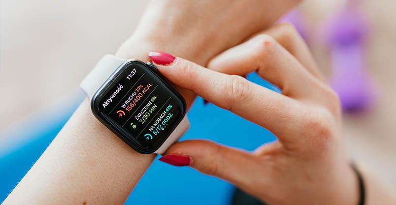 apple akilli saat 001 - Akıllı Saat Satın Alma Rehberi 2021